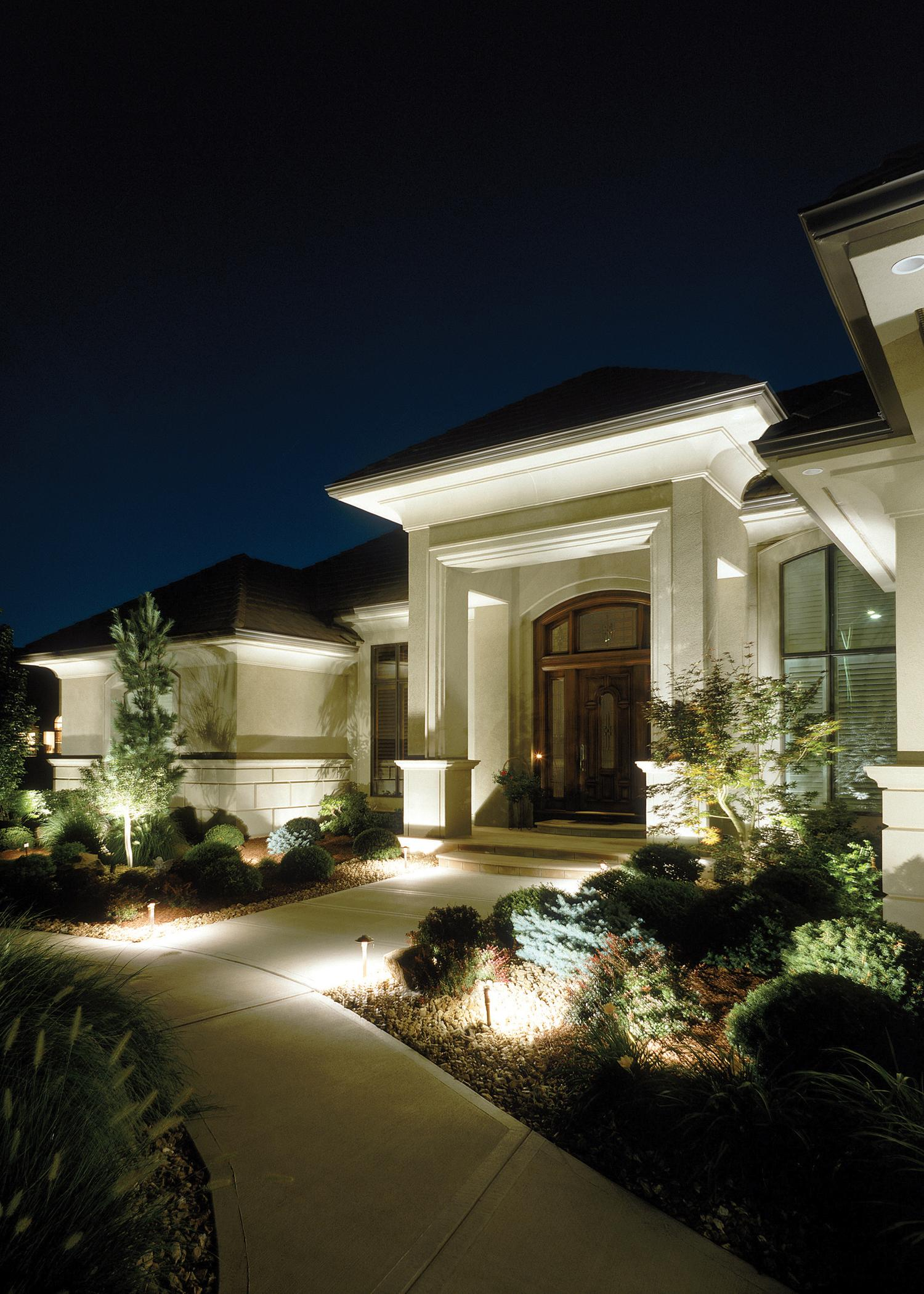 Architectural facade lighting in st louis outdoor for Outside home lighting