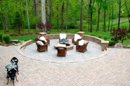 St. Louis patio lighting by Outdoor Lighting Perspectives