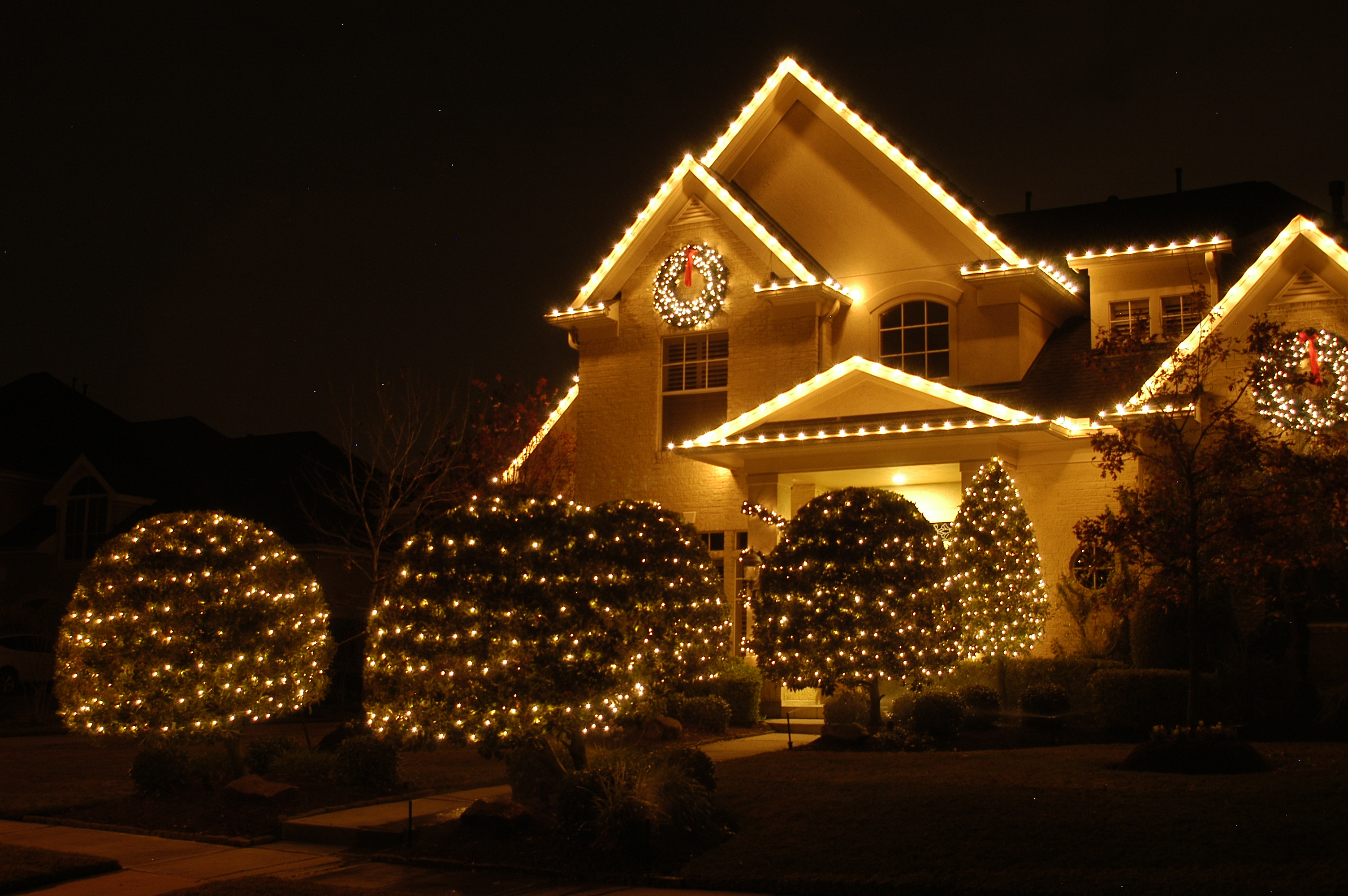 C9 holiday lighting effects
