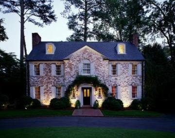 Upscale lanscape and architectural lighting by Outdoor Lighting Perspectives of St. Louis 1