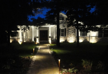 Landscape lighting path lighting St. Louis