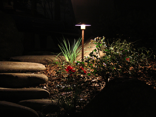Path lighting outdoor lighting and landscape lighting in for Copper landscape lighting