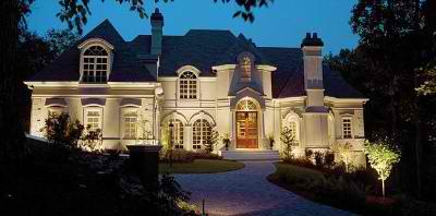 St. Louis home and driveway lighting