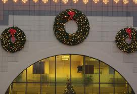 Retail storefront holiday decor and lighting