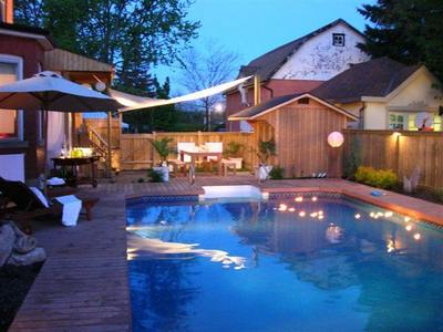 Summer Evening Pool Parties Are Made Possible With Good Outdoor Lighting!