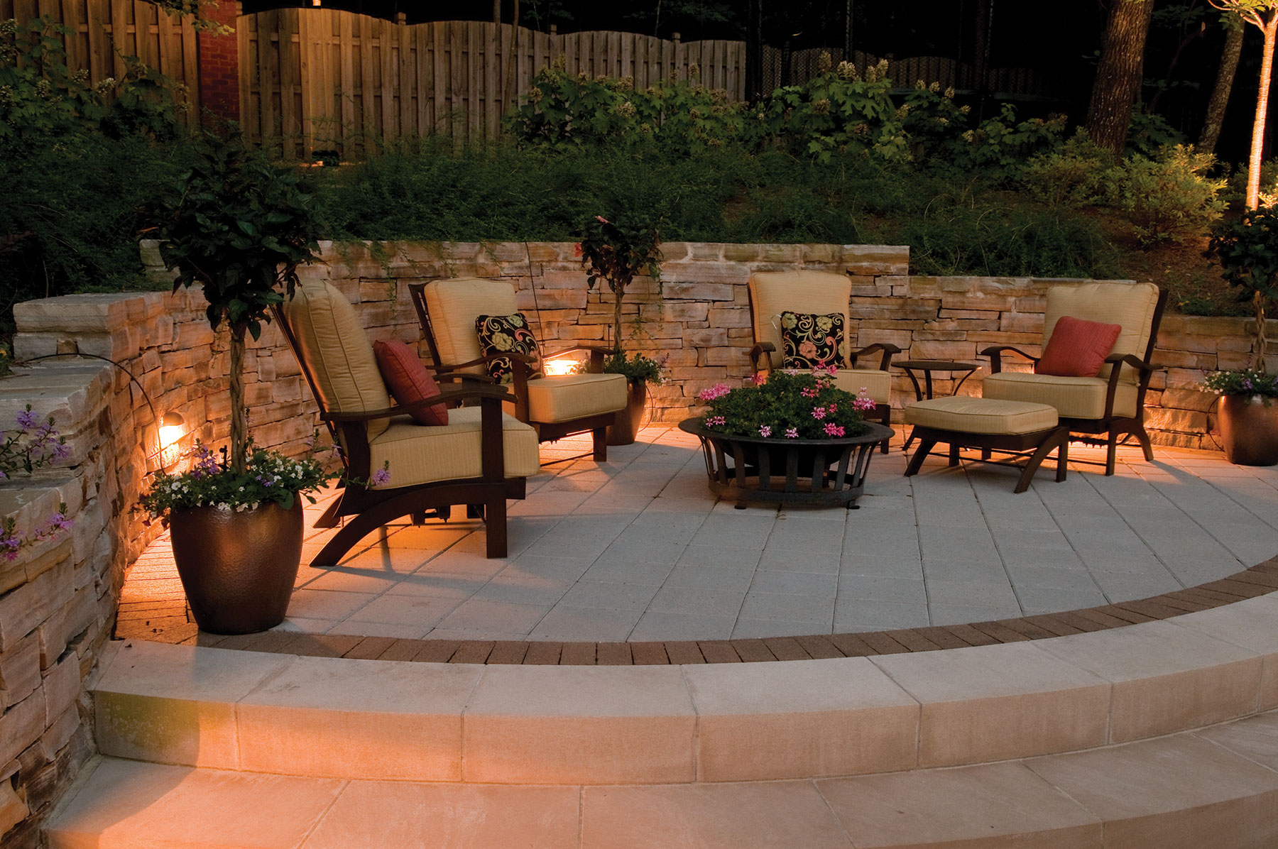 St louis landscape lighting outdoor lighting and landscape st louis patio lighting arubaitofo Image collections